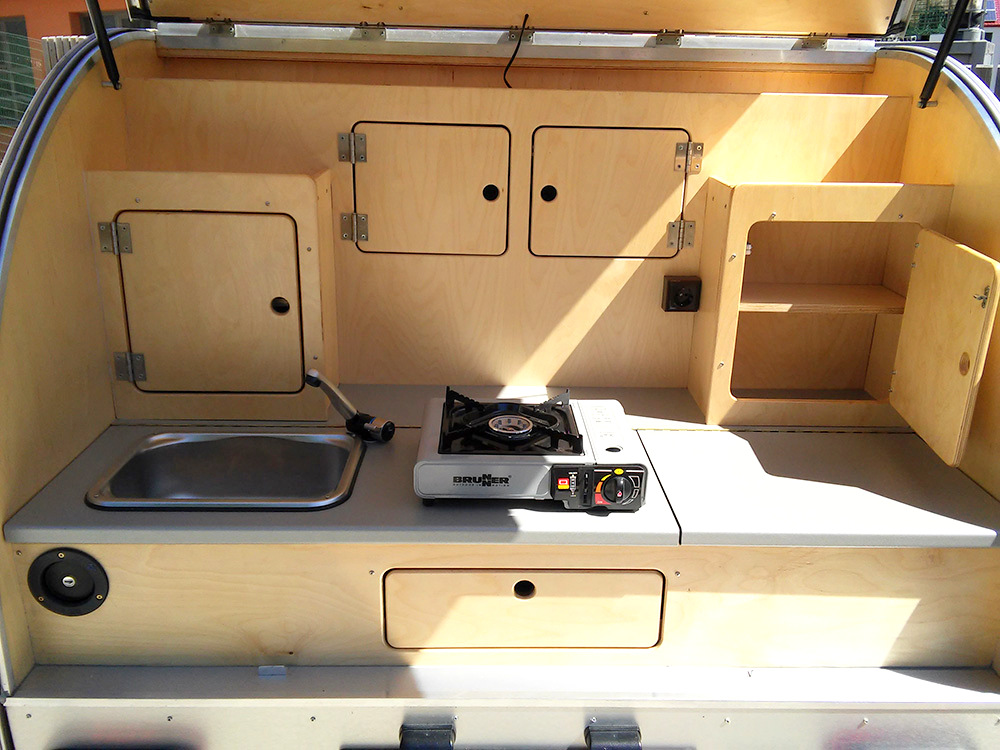 Wohnwagen Mit Außenküche : Außenküche manhattan fritz berger campingbedarf