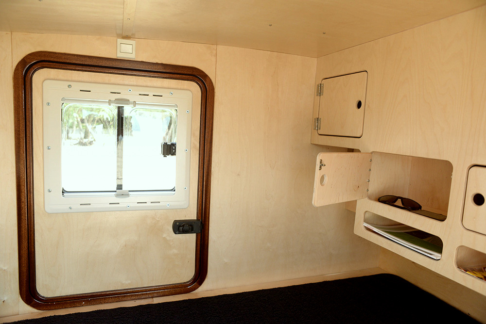 Mini caravan